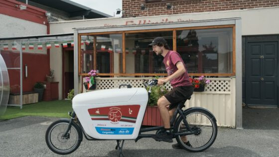 Fellinis Restaurant using its ecargobike for pizza deliveries